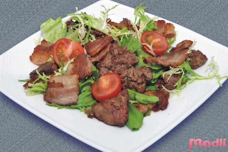 Салат из куриной печени